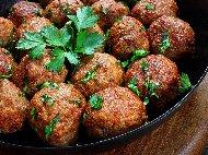 Рецепта Пържени телешки кюфтета с кайма, ориз, лук и подправки